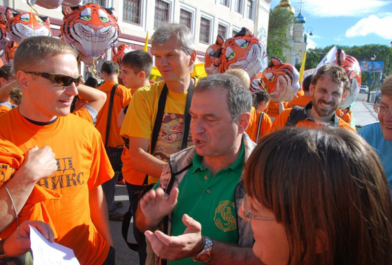 Sergei with Russian environmental activists on Tiger Day in Vladivostok. (Photo: Pacific Environment)